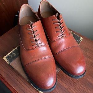 NEW Men's Dress Shoe - Brown
